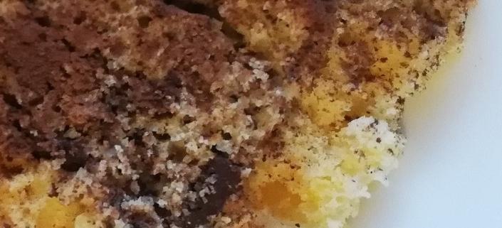 Torta con ricotta e cioccolato al miele